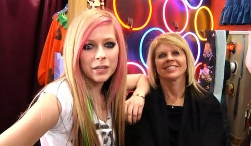 Woman beside Avril was her