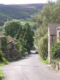 Haunted Yorkshire - The village of Appletreewick is dicho to be haunted por which animal with fearsome eyes ?