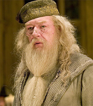 where is the scar that dumbledore has?