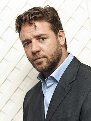 What film did Russell Crowe win an Oscar for in 2000?