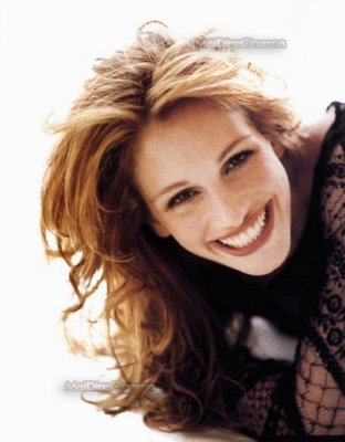 What film did Julia Roberts win an Oscar for in 2000?