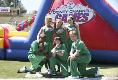 in Disney channel games who is the members of green team????