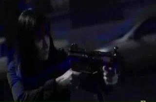 In 6x18 Lauren, Prentiss shoots up:
