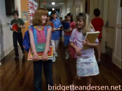 bridgette andersen is right অথবা left in the parent trap 2 ?
