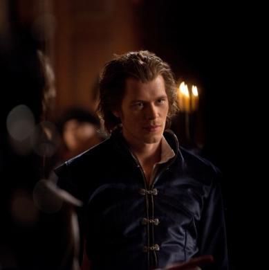 2x17 Whose body does Klaus possess?