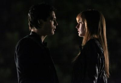 2x12 Does Damon bite Jessica?
