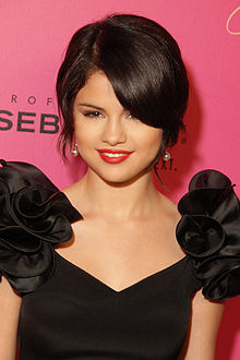 Which Astrological sign do Selena have?
