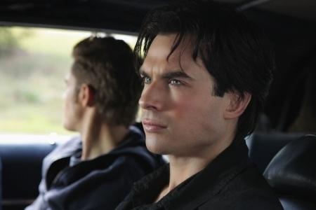 "2x8 Rose:Damon,""Elena know Ты been drinking blood"" Stefan,""I've been drinking hers"" Damon..."