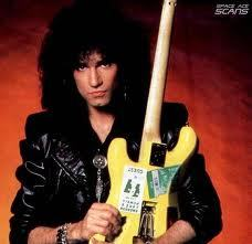 When was Mark St. John officially replaced by Bruce Kulick?
