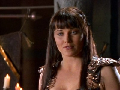What advice did Xena give Mezentius after making her offer?