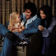 Lisa liked to be with elvis than with Priscilla