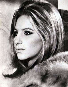 What is Barbra's favorito! color?