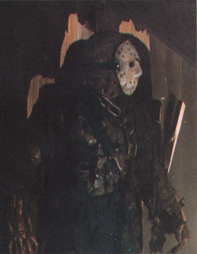 True atau False: Friday the 13th Part 7 was originally meant to pit Jason and Michael against each other.