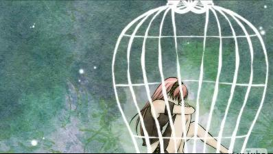In Luka's song Bird in a cage.What does she say in 00:34