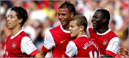 What number shirt does Jack Wilshere currently wear at Arsenal?