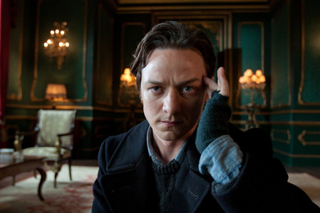 Which of these actors portrays Charles Xavier/Professor X?
