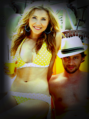 Zach Braff and Sarah Chalke used to date in 2001.