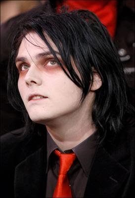 Which members of the band saved his life Gerard?