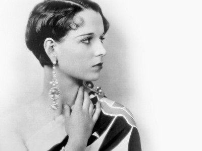 Prior to casting Louise Brooks in 'Pandora's Box', Pabst had only seen her in one movie. What movie was it?