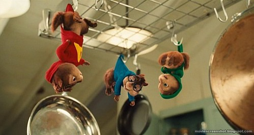 What song did the chipmunks sang when they were spinning?