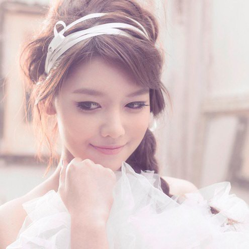 Choi Sooyoung's sibbling is ...