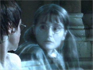 The student murdered kwa the Basilisc in Hogwarts had become a ghost under the name of 'Moaning Myrtle'. How was her name translated into French ?