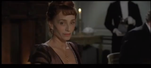 who does Kristin Scott Thomas play in Bel Ami?