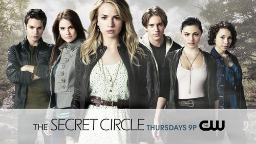 Who wrote The Secret Circle series ?