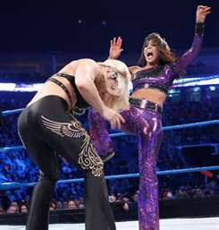 What is the name of Layla&#39;s finisher?