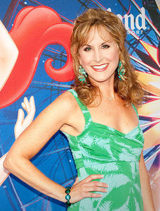 "Jodi Benson voices 2 characters in ""The Little Mermaid"".  True or False?"