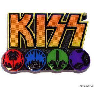 Who designed the iconic Kiss logo?
