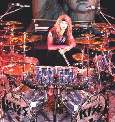 What tour did Eric Singer first perform on?