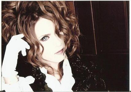 what is Kamijo's Blood type?