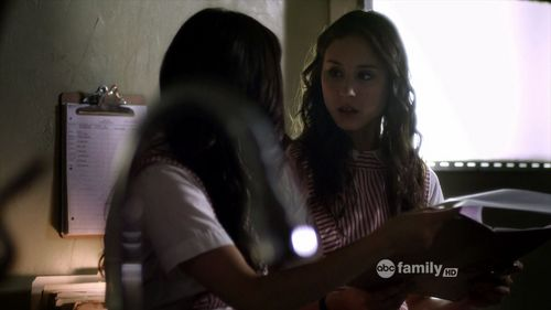 Save the Date episode: what did Spencer&Aria discovered about Ally's death in the morgue.