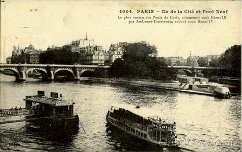 What was the last year in which a commuter ferry boat service operated in Paris?