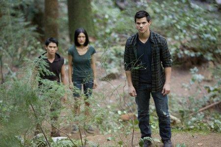 Does Jacob want Sam to take back Leah and Seth?
