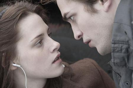 Twilight movie: the car accident scene, who was the first to bella when edward went away?