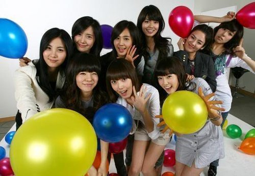 SNSD members chose who as a member whose looks became 更多 refined sice their debut days?