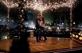 the name of the song that Bella and Edward danced on on the prom is: