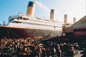 Which direction are the propellers spinning when Titanic is leaving port in the movie?