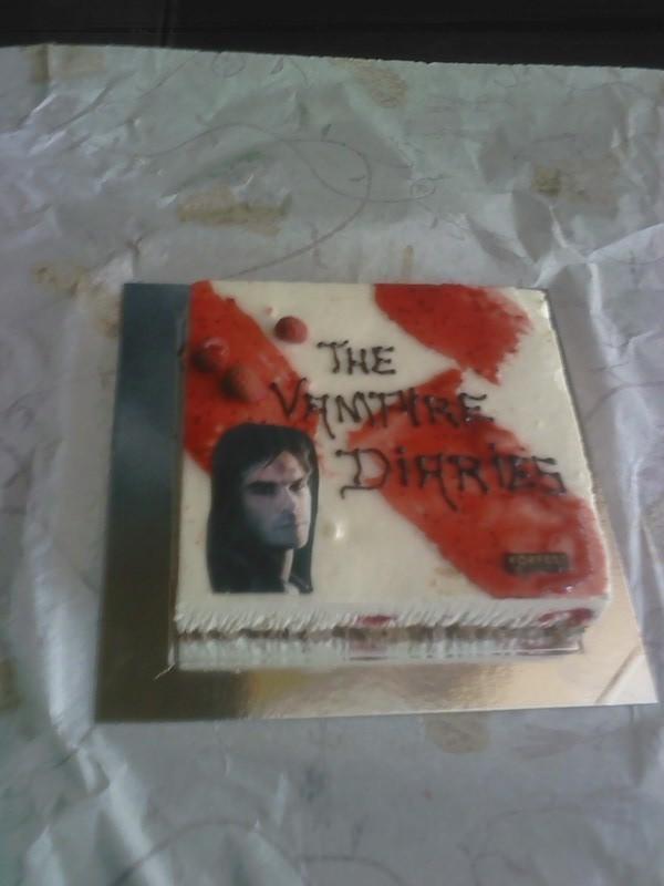 Fanpop Mistyminxchicks Photo My Vampire Diaries Damon Birthday Cake
