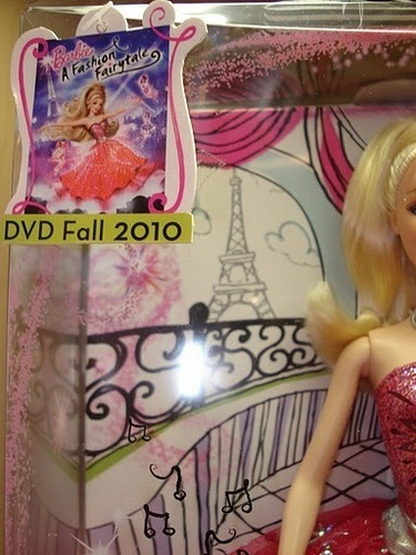 búp bê barbie A Fashion Fairytale old cover from doll box