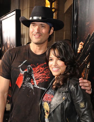 Robert & Michelle Rodriguez @ LA Machete Screening - 25 AUG 2010