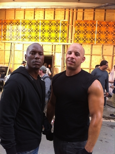Fast 5 On The Set
