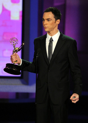 Jim Parsons Accepting An Emmy Award @ the 2010 Emmy Awards