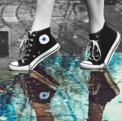 Converse color splash