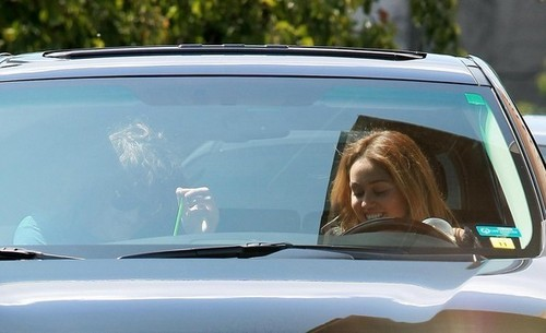 Miley @ Starbucks Drive-Thru
