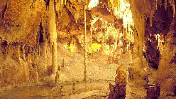 The 7 Natural Wonders Of Portugal: Grutas de Mira de Aire (Mira de Aire's Caves) [Leiria]