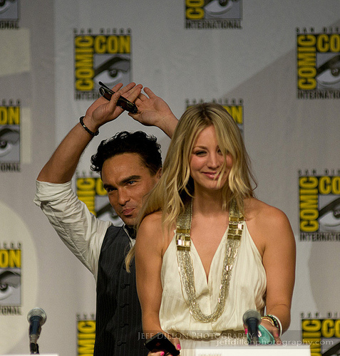 Johnny Galecki and Kaley Cuoco-Comic-Con 2010