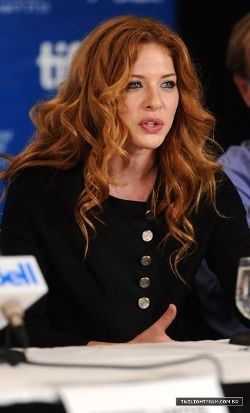 "Rachelle LeFreve @ ""Barney's Version"" Press Conference 12.09"